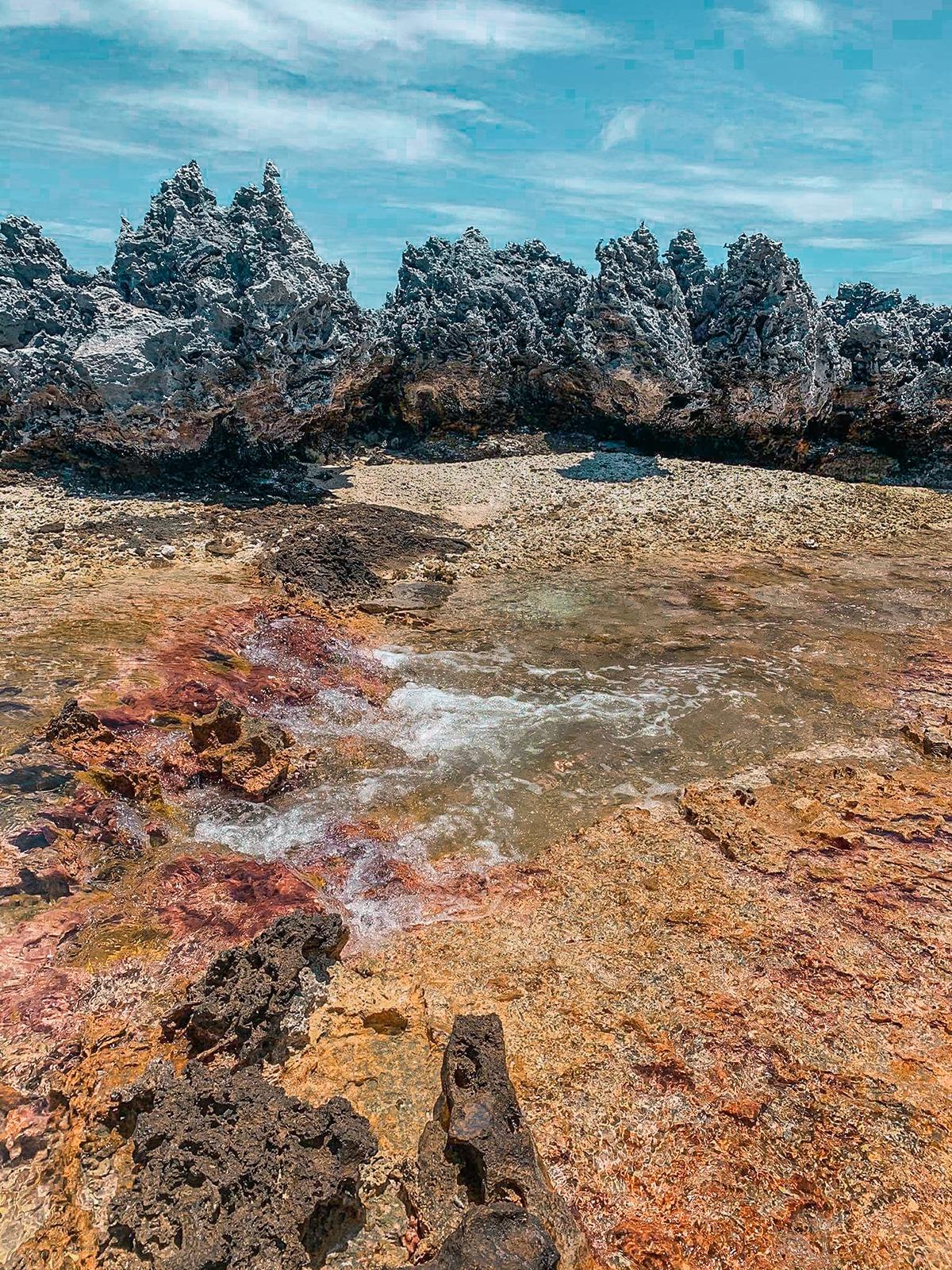 tuamotu atoll