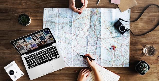 planifier et organiser un voyage etapes cles